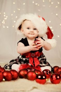 15 Christmas Babies Stunningly Cute photos - Mommy Gone Viral