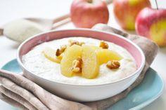 Grießbrei mit Fruchtpüree schmeckt jedem Kind. Dieses Rezept wird auch gerne in der Schonkostküche verwendet.