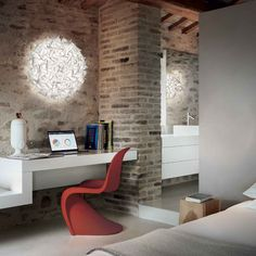 Slamp Veli Couture seinävalaisin vaihdettavilla led lampuilla House Interiors, Couture, Corner Desk, Ceiling, Led, Wall, Furniture, Design, Home Decor