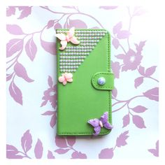 I must admit, I am a little bit obsessed with #butterflies. If you are also butterfly crazy, or know somebody who is, then this case for #iPhone 6 Plus is perfect. The# green #leather is vibrant and the #cabochons are high quality and fixed to the case using very strong, safe adhesive. Available on my #etsyshop #cabbagepatchcases #handmade #decoden #phonecase #crafts