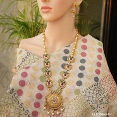 Shop designs of Artificial Jewelry for Women at best price. We bring you a Big collection of Handmade styles in artificial, wedding jewelry shopping. Bridal Necklace, Necklace Set, Gold Necklace, Gold Jewellery Design, Gold Jewelry, Jewlery, India Jewelry, Gold Plated Necklace, Gold Set