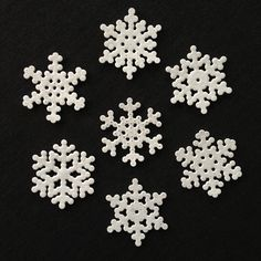 Snowflakes hama perler by mettosaurus