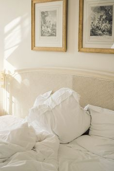 A photographer's look from a night at the classically French Hotel Le Bristol Paris Next Bedroom, Master Bedroom, Le Bristol Paris, Golden Decor, Ann Street Studio, Corner Space, New Interior Design, Mid Century Style, Beautiful Bedrooms