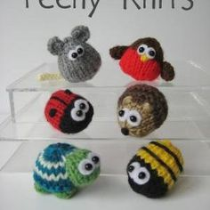 Teeny animal knitting patte.  So cute and only $3 for the patterns.