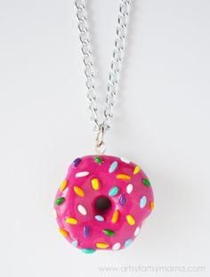 DIY Donut Necklace Tutorial at artsyfartsymama.com