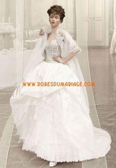 Atelier Aimée belle Robe de Mariée ornée de broderie au drapé organza