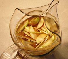 apple cider sangria (so good!) / color me caitie