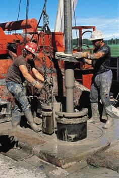 Looking for oilfield jobs? We're your one stop spot for oilfield jobs, oilfield news, oilfield learning and more. Oilfield Man, Oilfield Trash, Energy Industry, Oil Industry, Oil Rig Jobs, Petroleum Engineering, Oil Platform, Oil Refinery, Drilling Rig