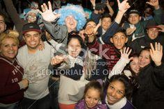 Córdoba, Argentina - 15 de junio 2014: los hinchas argentinos celebran una victoria en el Centro de la ciudad, en las calles Illia y Vélez Sarsfield, el 15 de junio 2014 en Córdoba, Argentina