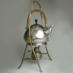 another peter behrens kettle. Art Nouveau, Art Deco, Corporate Design, Bauhaus, Modernist Movement, Ludwig Mies Van Der Rohe, Modern Architects, Ceramics Projects, Moomin