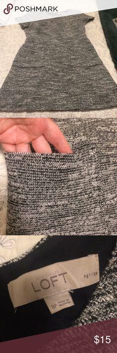 Short Sleeve Work Dress Short sleeved, grey/black/white spun work dress with pockets. LOFT Dresses Midi