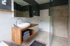 YAY/NAY: Unser Quooker und der offene Waschtisch im Bad Interior, Vanity, Ikea Hack, House Styles, Home Decor, Bathroom, Bathrooms Remodel, Bathroom Renovation, Kitchen Cupboards Paint