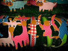 Diademas de animalillos realizadas con fieltro entelado pintado a mano. .. Se les mueven los ojillos!!