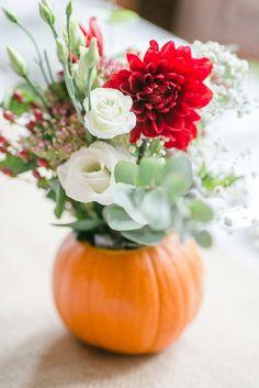 Pumpkin flowers, autumn Wedding October 2016  #autumnwedding Foto by Kathrin Hester, germany