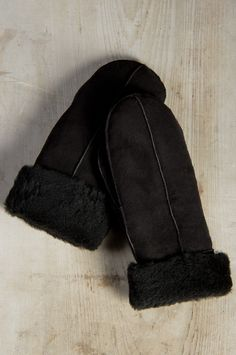 Shearling Sheepskin Suede Mittens by Overland Sheepskin Co. (style 72008)