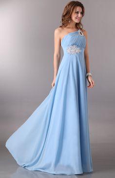 Голубое вечернее платье в пол со шлейфом