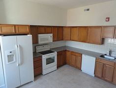 Bright, spacious kitchens. A sample from our 1437-39 N. 15th Street building. See more at www.universityrealtyapartments.com.