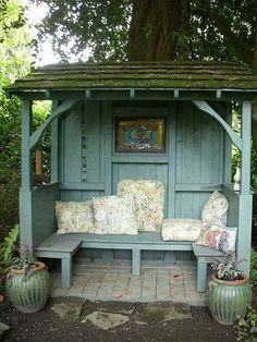 30 Amazing Backyard Seating Ideas - Gardenholic Small Backyard Design, Small Backyard Landscaping, Garden Design, Backyard Ideas, Gazebo Ideas, Garden Ideas, Landscaping Ideas, Firepit Ideas, Pergola Kits