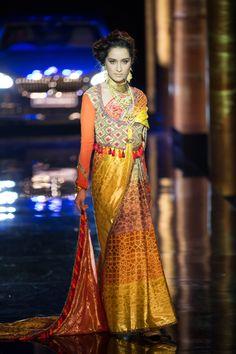 Sari by JJ Valaya at India Bridal Fashion Week 2014 Fashion Moda, Tribal Fashion, India Fashion, Asian Fashion, Indian Bridal Outfits, Indian Bridal Fashion, Bridal Fashion Week, Bridal Sari, Asian Bridal
