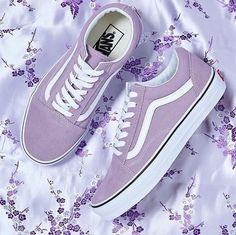 Imagem de purple, vans, and shoes Source by sophiehunsaker Shoes Fashion outfits Purple Vans, Purple Shoes, Pastel Vans, Vans Shoes, Shoes Sneakers, Shoes Heels, Sneakers Fashion, Fashion Shoes, Fashion Outfits