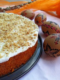 Mrkvový dort s vanilkovým tvarohem a nízkým počtem kalorií (Recept) | REFRESHER.cz Sweet Desserts, Vanilla Cake, Food And Drink, Yummy Food, Sweets, Stevia, Cooking, Ham, Kitchen