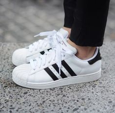 This one bought my sister. Do you like them? Adidas superstar ll