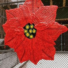 This flowering fence in New York City. | 29 Times Yarn Graffiti Made The World A Better Place