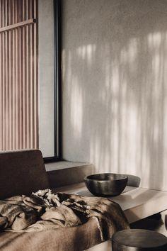 Nouvel hôtel Casa Cook à Chania encore par Annabell Kutucu Interior Stylist, Interior Design Studio, Wabi Sabi, Casa Cook Hotel, Harajuku, Earthy Home Decor, Cheap Dorm Decor, Turbulence Deco, Creta