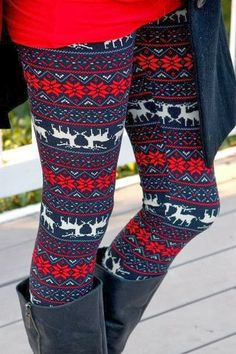 Attractive and colorful reindeer print leggings for fall fashion