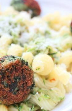 Pasta with spinach balls -- Low FODMAP Recipe and Gluten Free Recipe #lowfodmaprecipe #glutenfreerecipe #lowfodmap #glutenfree    http://www.ibs-health.com/low_fodmap_pasta_spinach_balls1211.html