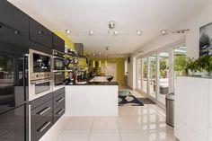 Tatchbury Lane, Winsor, Southampton - 4 bedroom detached house - Fox & Sons