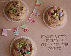 Une irrésistible envie de ... Peanut Butter, Pretzel & Chocolate Chip Cookies