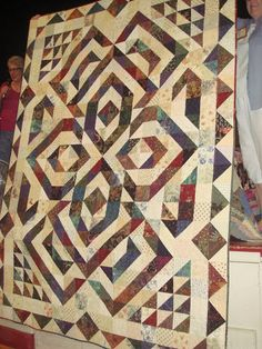 Half square triangles quilt -- oh wow! - Half square triangles quilt — oh wow! Half Square Triangle Quilts Pattern, Half Square Triangles, Square Quilt, Batik Quilts, Scrappy Quilts, Quilting Projects, Quilting Designs, Quilting Ideas, Quilt Design