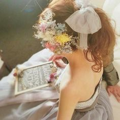 Hair Arrange, Gray Dress, Minimalist Fashion, Bridal Hair, Wedding Hairstyles, Flower Girl Dresses, Hair Beauty, Hair Accessories, Headbands