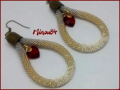 Des BO coeurs ..... Spirals, Ropes, Round Beads, Crochet Earrings, Bracelets, Jewelry, Ears, Boucle D'oreille, Locs