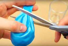 9 ASTUCES: Il découpe un ballon.. attendez de voir ce truc super pratique ! GÉNIAL ! | MiniBuzz