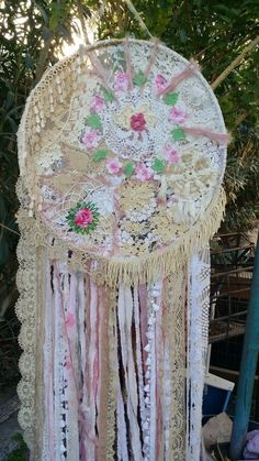 large Dreamcatcher Shabby Chic Wall Hanging art IN STOCK hippie wedding chic dream catcher backdrop dreamcatcher hippiewild Lace Dream Catchers, Dream Catcher Craft, Shabby Chic Decor, Bohemian Decor, Chic Bedding, Bedding Sets, Boho Curtains, Fall Candles, Mobiles