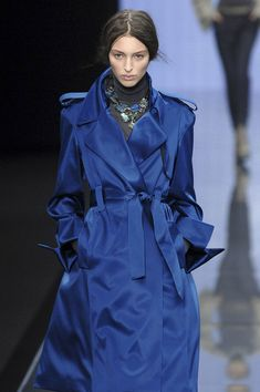 Céline Fall 2008.  I'm in ❤️ with trenchcoats right now!