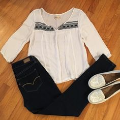 Hollister 3/4 sleeve shirt Worn a few times. In great condition. Very cute shirt to wear anytime. Paired with Levi skinny jeans and Naturalizer loafers. I negotiate within reason, please use offer button.  trade Hollister Tops Blouses