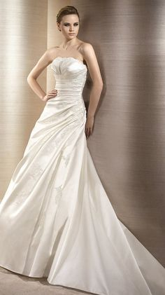 ORLA / Bridal Gowns / 2012 Collection / Avenue Diagonal
