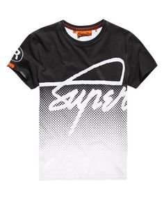 Shop Superdry Mens Crew Fade T-shirt in Optic/black. Boys T Shirts, Cool Shirts, Tee Shirts, T Shirt Fonts, Tee Shirt Homme, Superdry Mens, Mens Tees, Sport Outfits, Printed Shirts