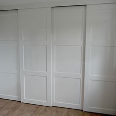 JM Interieurbouw.nl - Werkzaamheden - Slaapkamers Guest Room Office, Room Remodeling, Bedroom Updates, Closet Bedroom, Sliding Closet Doors, Wardrobe Doors, Closet Doors, Bedroom Built In Wardrobe, Cupboard Doors