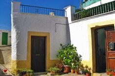 Rincón de Terque Garage Doors, Outdoor Decor, Home Decor, Homemade Home Decor, Decoration Home, Interior Decorating