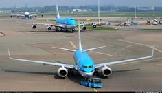 Boeing 737-7K2 aircraft picture