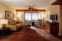 Google 画像検索結果: http://www.hawaiimagazine.com/images/content/Grand_Waikikian_offers_deals/GW%2520Living%2520Room.jpg