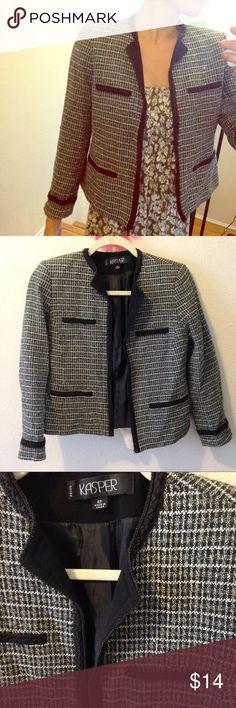 Kasper 4P grey and black jacket for Fall winter Jacket 4P in black white and grey! Kasper Jackets & Coats Blazers
