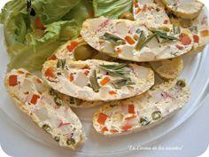 Magnífica receta de La cocina de los inventos Pastel de Ensaladilla al vapor, hecha con Lékué. Nos encanta el blog de Joaquina