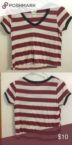 a43344efaf7f Crop top Red and white striped with dark gray piping