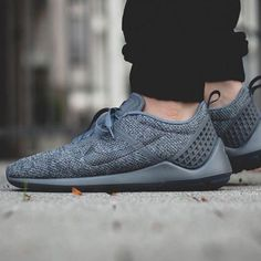 @nike #lunarestoa #tag a friend [ http://ift.tt/1f8LY65 ]