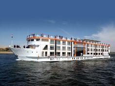 Disfruta la navegación por el Río Nilo durante Tours El Cairo, Crucero por El Nilo y Petra  http://www.ibisegypttours.com/es/viajes-a-egipto/viajes-a-egipto-y-jordania/tours-el-cairo-crucero-por-el-nilo-petra  con Ibis Egypt Tours